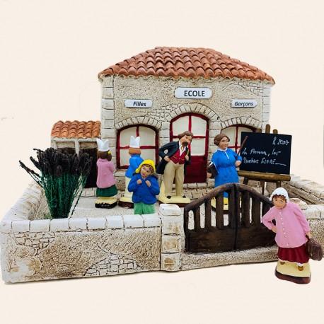 Santon de Provence - L'école, sa cour ainsi que 6 santons provençaux - Santons Flore Aubagne